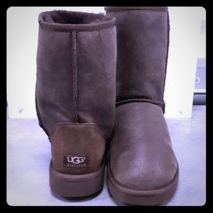 Ugg Classic Short Bomber Womens Boots Size 10